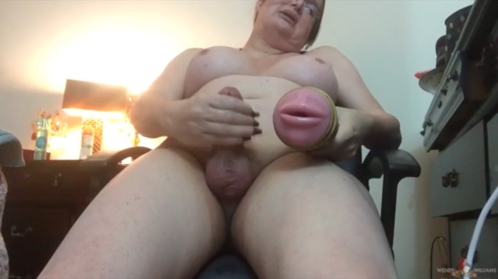 Watch wendy s 2part webcam show twice the jackin twice the cummin